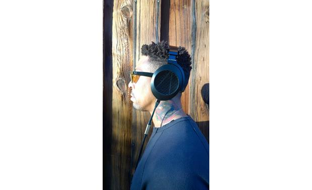 g884EL8OPN o_sideshot audeze el 8 open back high performance planar magnetic headphones Audeze Logo at eliteediting.co