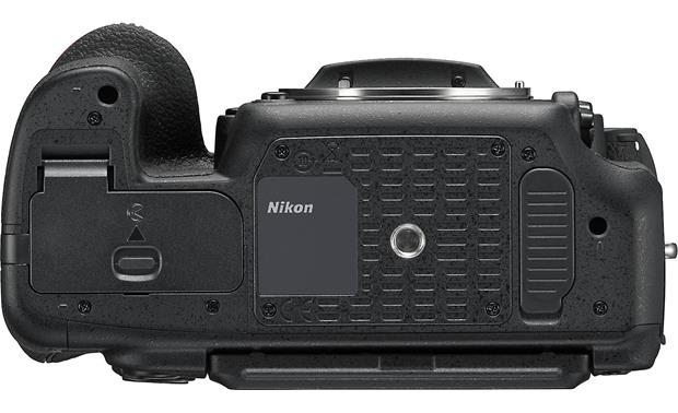 Nikon D500 (no lens included) Bottom