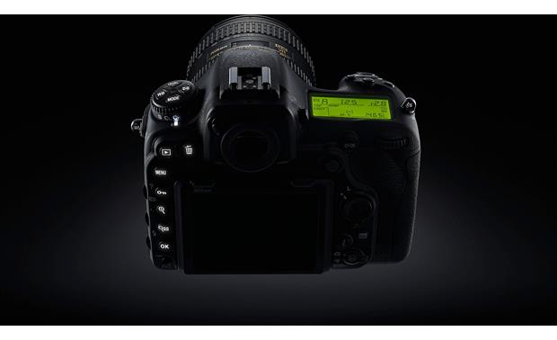 Nikon D500 Kit Illuminated top-panel LCD screen