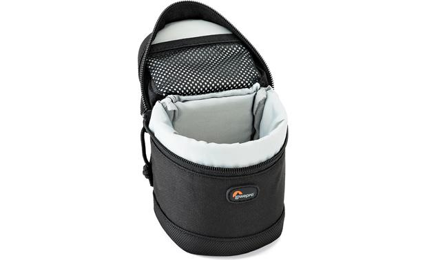Lowepro Lens Case 7cm x 8cm Padded interior protects your valuable lenses