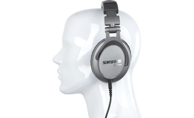 Shure SRH940 Mannequin shown for fit and scale