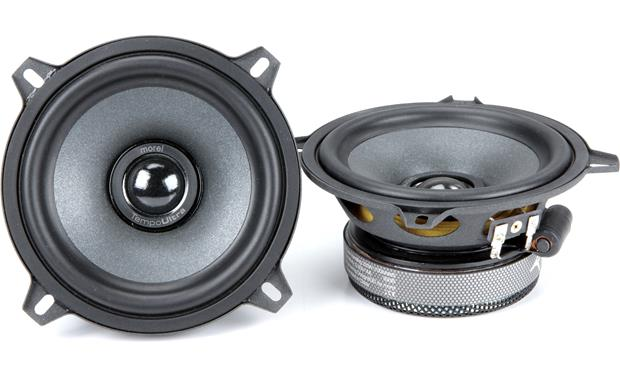 Morel Tempo Ultra 502 Integra Morel builds the Tempo Ultra Integra tweeter recessed in the woofer cone to improve imaging