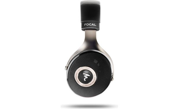 Focal Elear Side view