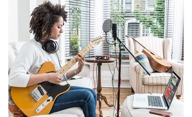 Focusrite Scarlett 2i2 (Second Generation) Plug in your electric guitar directly, and get some great sounds with the bundled software