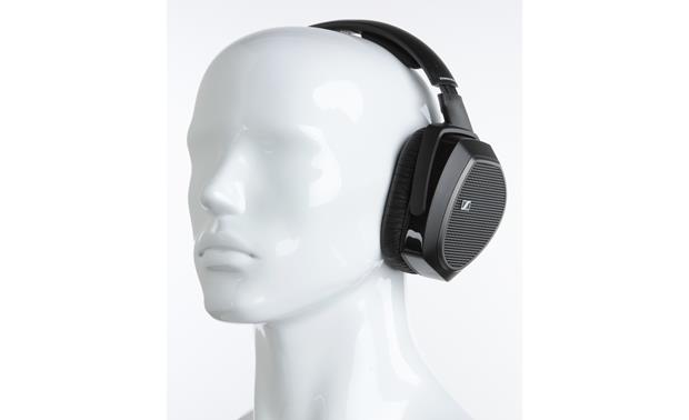 Sennheiser HDR 175 Mannequin shown for fit and scale