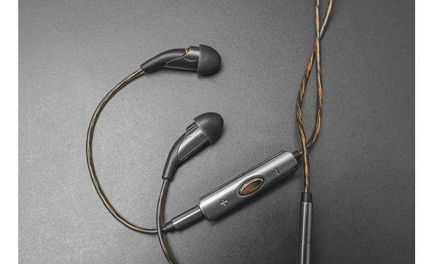 Klipsch X20i Earpieces are angled up and tilted inward for a secure comfortable fit
