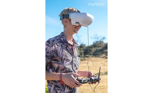 Yuneec SkyView Make a flying day even more fun with the immersive thrill of a first person view headset