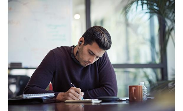 Bose® QuietControl® 30 wireless noise-cancelling headphones Adjust the amount of noise cancellation to your environment