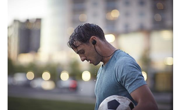 Bose® SoundSport® Pulse wireless in-ear Sweat- and water-resistant