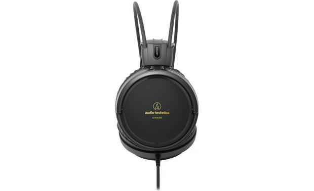Audio-Technica ATH-A550Z Oversized drivers deliver accurate, detailed sound