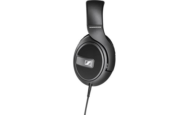 Sennheiser HD 569 38mm drivers tuned to deliver deep bass
