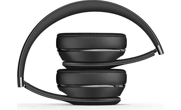 Beats by Dr. Dre® Solo3 wireless Portable folding design