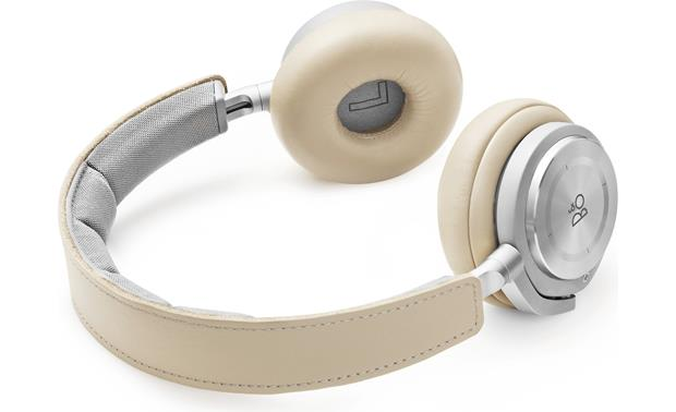 Bang & Olufsen Beoplay H8 Lambskin leather earcups