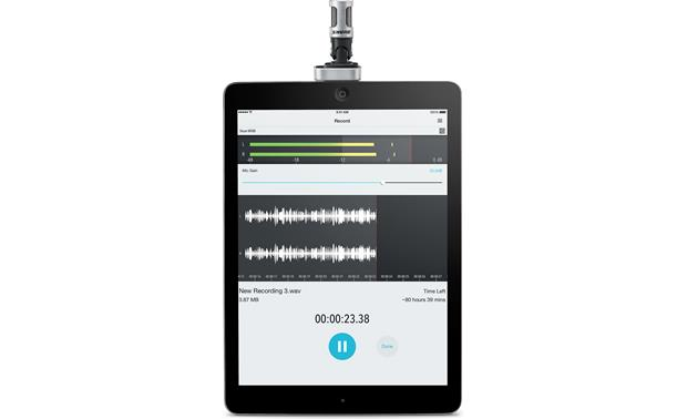 Shure MOTIV™ MV88 Connected to iPad (iPad not included)