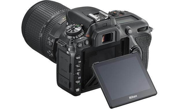 Nikon D7500 Kit Tilting touchscreen