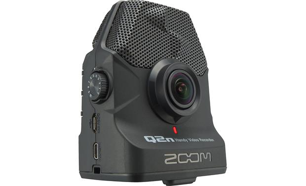 Zoom Q2N 160-degree wide angle lens