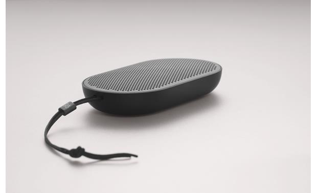 Bang & Olufsen Beoplay P2 Black - with leather strap