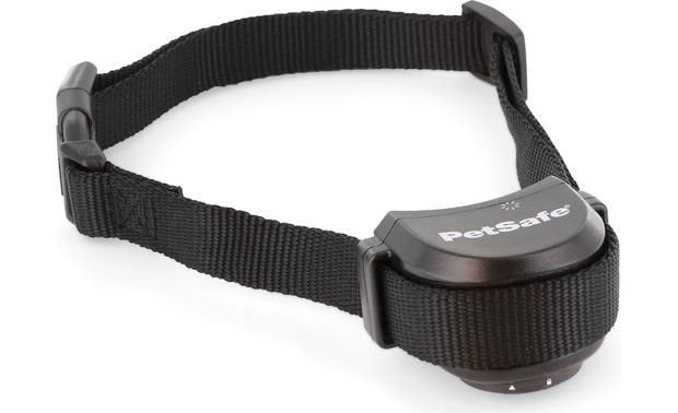 PetSafe Free to Roam Wireless Fence™ Rechargeable Collar Close-up view of collar
