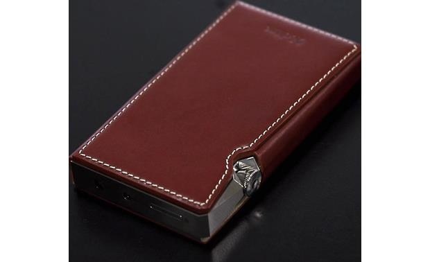 Astell&Kern A&ultima SP1000 Back of player in leather case