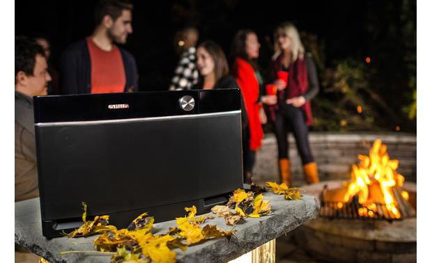 Aiwa Exos-9 Delivers big outdoor sound