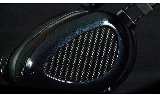 MrSpeakers AEON Flow Extra large planar drivers use a folded diaphragm design for better dynamics
