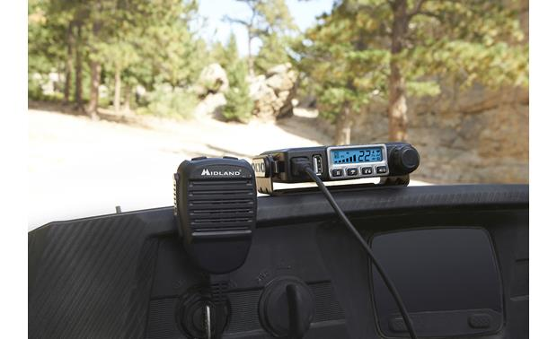 Midland MicroMobile® MXT115 Ideal for vehicles and homes