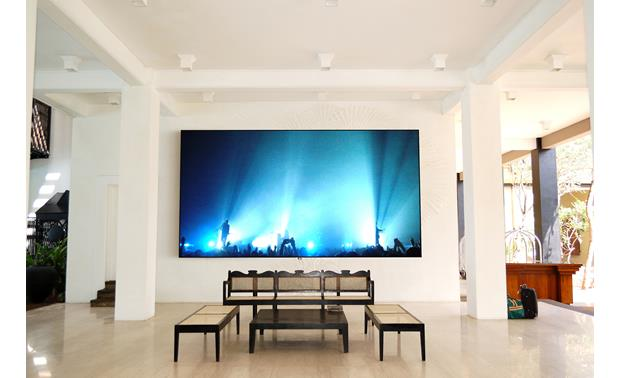 Screen Innovations 5 Series The Slate screen material rejects ambient light, so it's a great choice for bright rooms