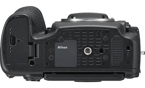 Nikon D850 (no lens included) Bottom
