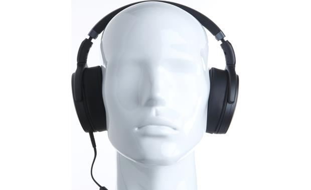 Sennheiser HD 4.30g Mannequin shown for fit and scale