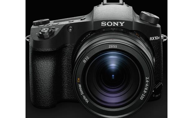 Sony Cyber-shot DSC-RX10M4 Front, straight-on