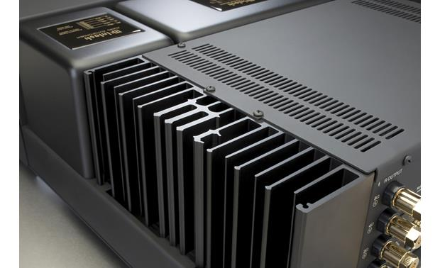 McIntosh MAC7200 Highly efficient heat sinks are monogrammed with the McIntosh