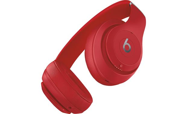Beats by Dr. Dre® Studio3 Wireless Apple W1 chip offers strong, long-range Bluetooth connection and one-tap pairing with your iPhone