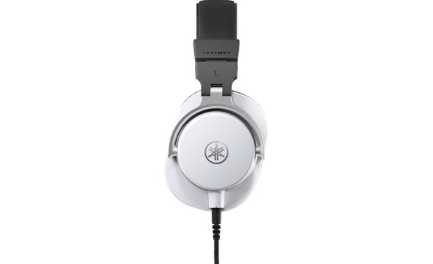 Yamaha HPH-MT5 Comfortable over-ear fit with high-level noise isolation for long studio sessions