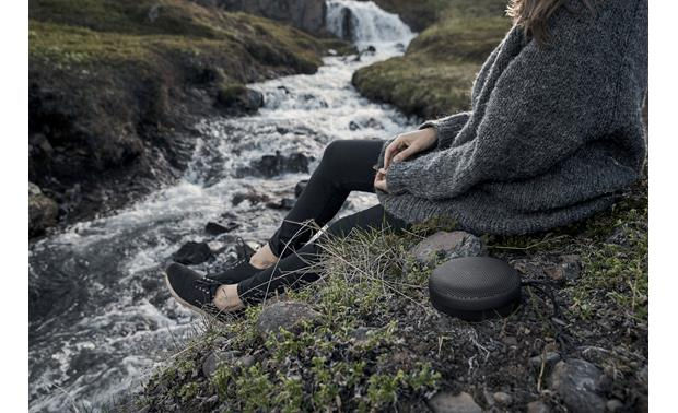 Bang & Olufsen Beoplay A1 Splash- and dust-resistant design