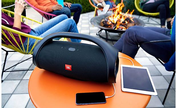 JBL Boombox Black - charge two devices simultaneously (smartphone and tablet not included)