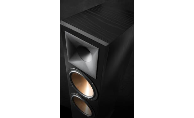 Klipsch Reference RF-7 III Close-up of horn tweeter