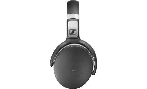 Sennheiser HD 4.50 BTNC NFC-compatible for one-touch Bluetooth pairing with compatible smartphones