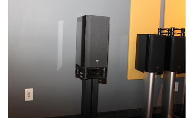 IsoAcoustics Aperta 200 Use them under a pair of bookshelf speakers