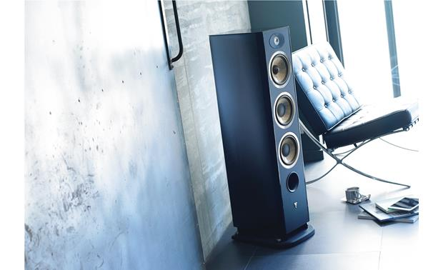 Focal Aria 926 Shown in room