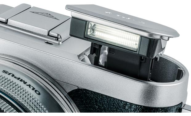 Olympus PEN E-PL9 Kit Pop-up flash