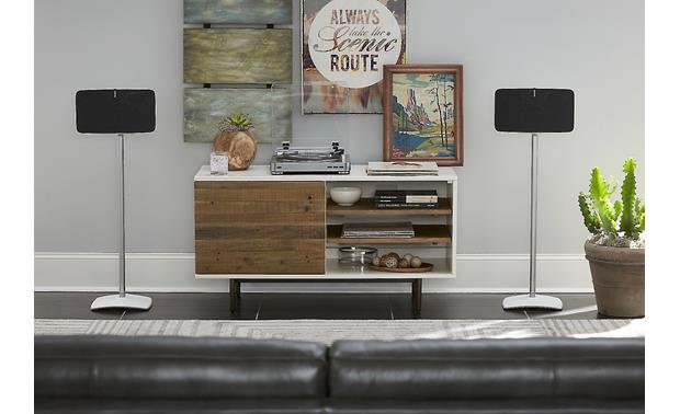 Sanus WSS51 Use a pair for horizontal stereo playback (speakers not included)