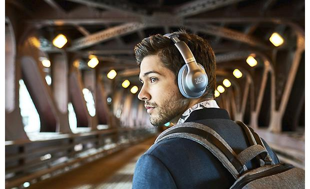 JBL Everest Elite 750NC Music plays wirelessly from your phone