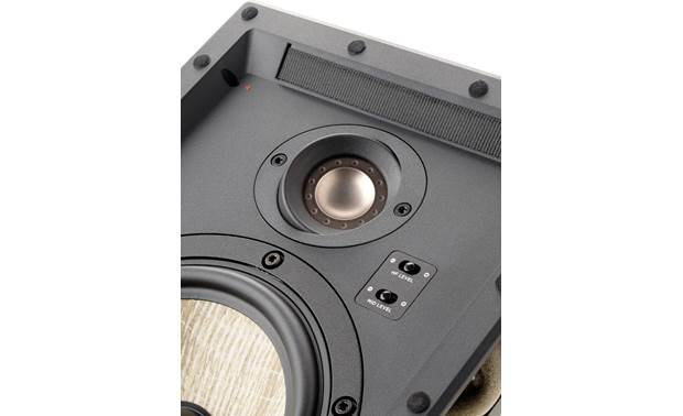 Focal 300 IW 6 Close-up of inverted dome tweeter and tone controls