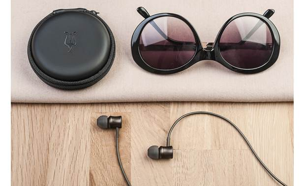 Meze Audio 11 Neo Carrying case is included (shades are not)
