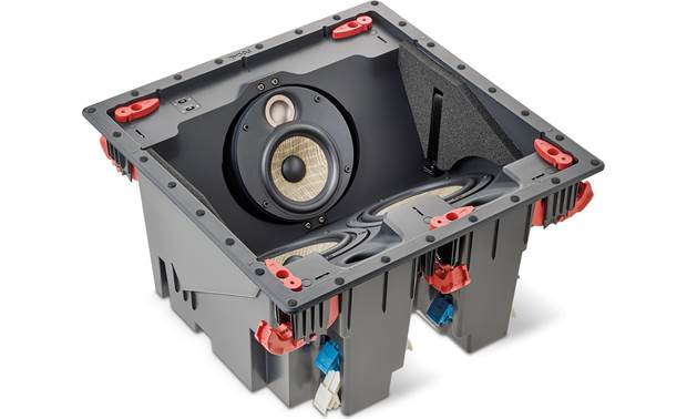 Focal 300 ICLCR 5 Adjustable midrange/tweeter plate directs sound toward you