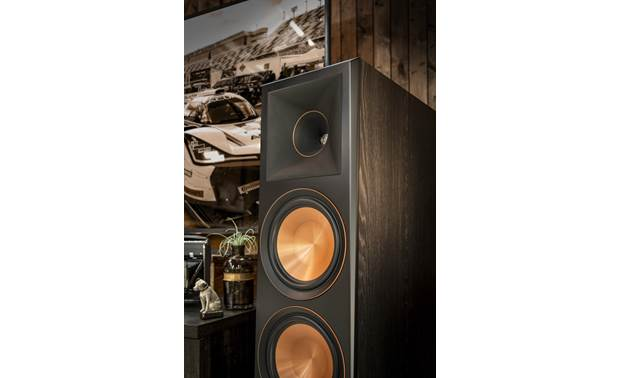 Klipsch Reference Premiere RP-5000F Close-up of drivers