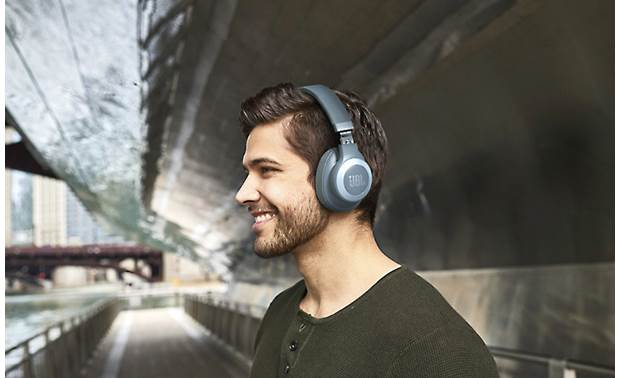JBL E65BTNC Block outside distractions with active noise-canceling