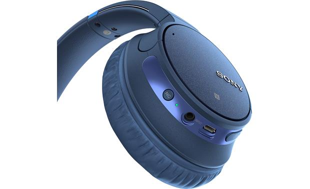 Sony WH-CH700N On-ear control of music, calls, and noise cancellation