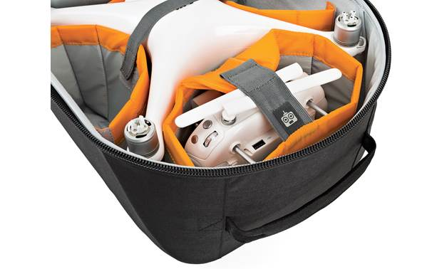 Lowepro Droneguard BP 400 Dedicated space for transmitter