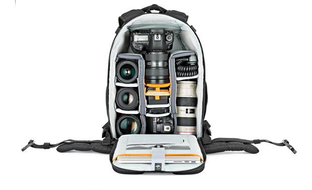 Lowepro Flipside 400 AW II Remove storage pouch to make room for extra gear (contents not included)